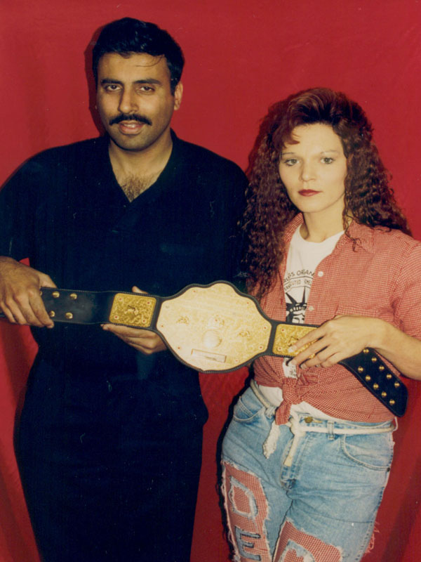 Dr.Abbey with Tonya White Womens Wrestling Champion 2002